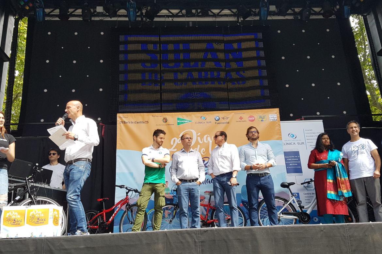 Las Bicicletas son para el verano, en Valladolid y con Clínica Sur